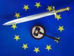 simbolos-justica-martelo-espada